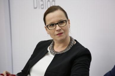 dr Beata Lubos