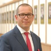 prof Rafał Mrówka
